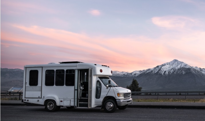 Econoline shuttle bus 7.3L turbo diesel mountain road trip