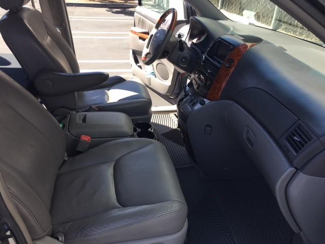 how to turn of sliding door alarm inside toyuta minivan