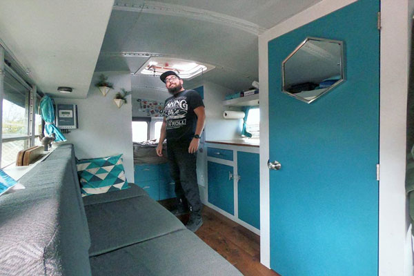 Skoolie Video Tour: Stu The Bus of @stu.the.bus